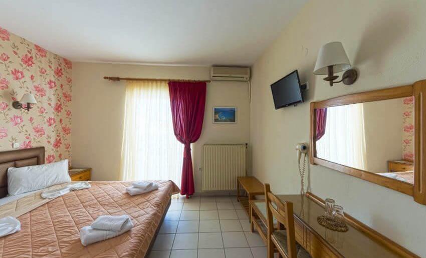 Hotel Philoxenia Inn smestaj na tasosu grcka dvokrevetna soba