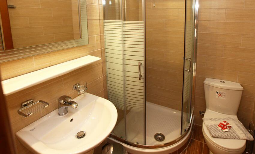 Hotel Philoxenia Inn smestaj na tasosu grcka kupatilo
