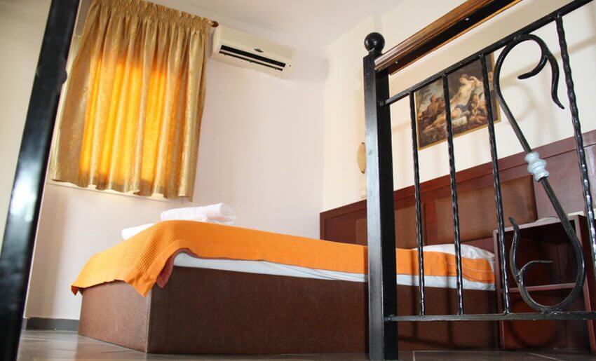 grcka letovanje apartmani na tasosu krevet
