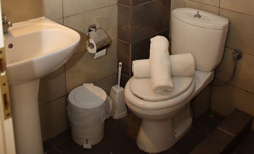 grcka letovanje apartmani na tasosu kupatilo