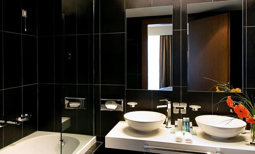 hotel lucy kavala grcka hoteli kupatilo