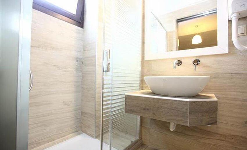 marys residence tasos grcka hoteli smestaj na tasosu kupatilo