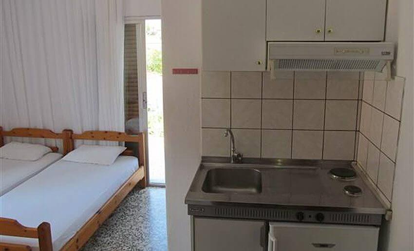 Ana Vila Tasos grcka apartmani letovanje kuhinja