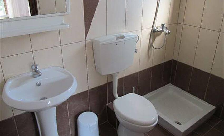 Ana Vila Tasos grcka apartmani letovanje kupatilo