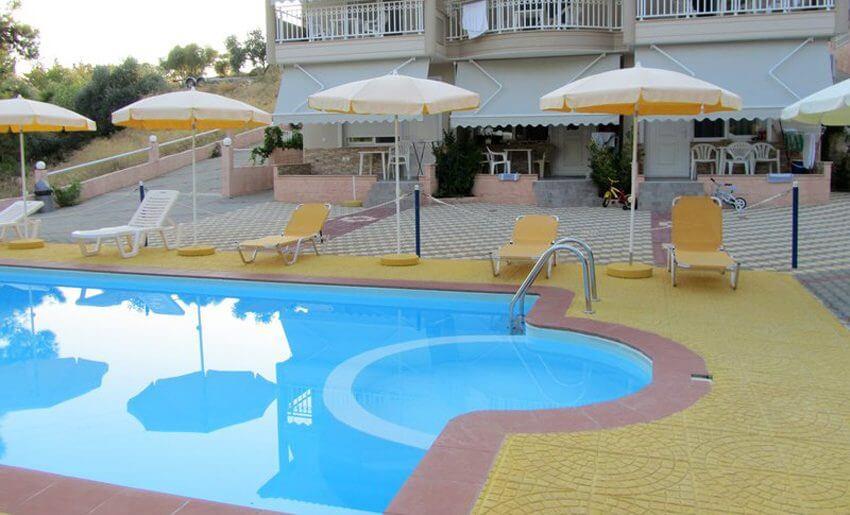 Augustos Vila Tasos Grcka apartmani letovanje bazen