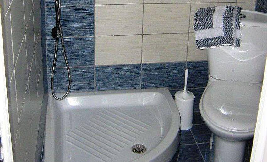 Augustos Vila Tasos Grcka apartmani letovanje kupatilo