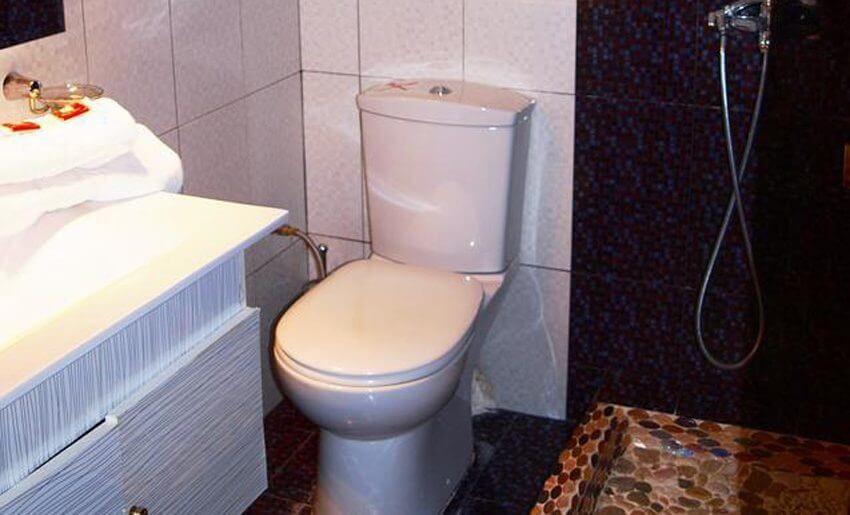 Edelweiss Studios grcka apartmani letovanje kupatilo