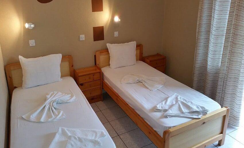 Eirini Vila Tasos grcka apartmani letovanje soba dvokrevetna