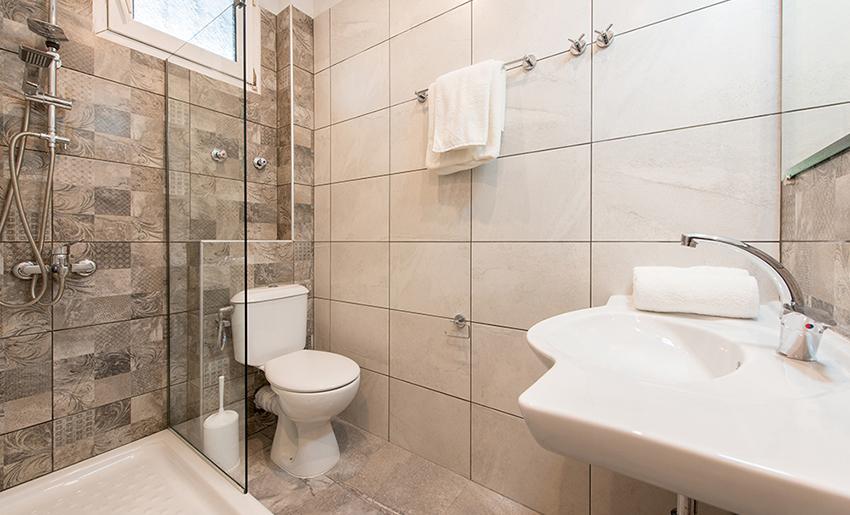 Iatrou Apartmani tasos potos kupatilo