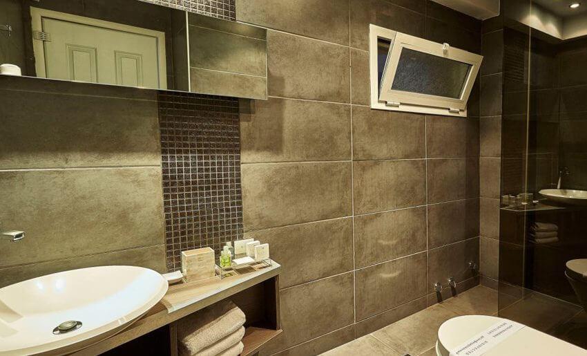 Ilio Mare Hotel letovanje porodicna soba kupatilo