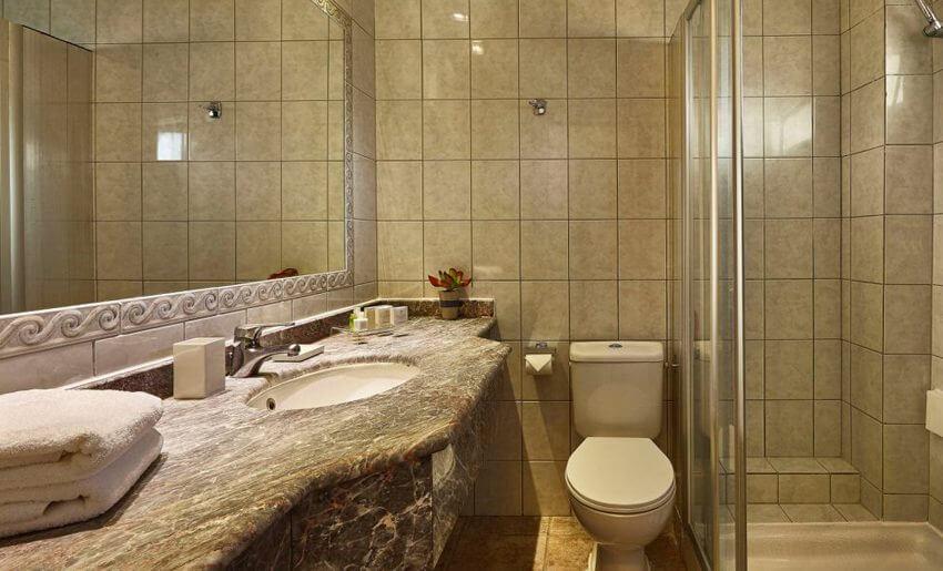 Ilio Mare Hotel tasos grcka letovanje soba pogled more kupatilo