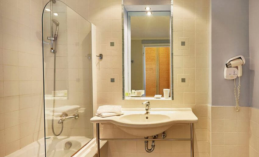 Ilio Mare Hotel tasos grcka letovanje suite kupatilo