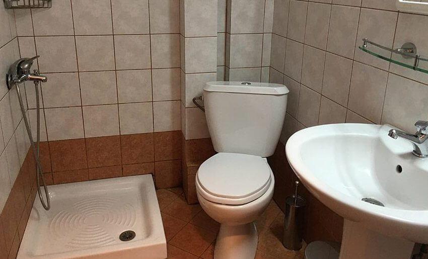 Maria 2 Vila Tasos grcka letovanje apartmani kupatlo
