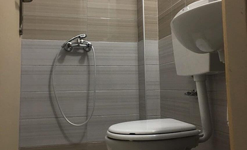Pefkari Bay Vila Tasos grcka letovanje smestaj kupatilo