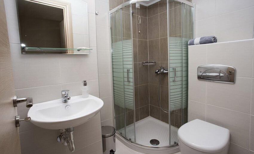 Potos Sun Vila Tasos smestaj grcka letovanje studio kupatilo