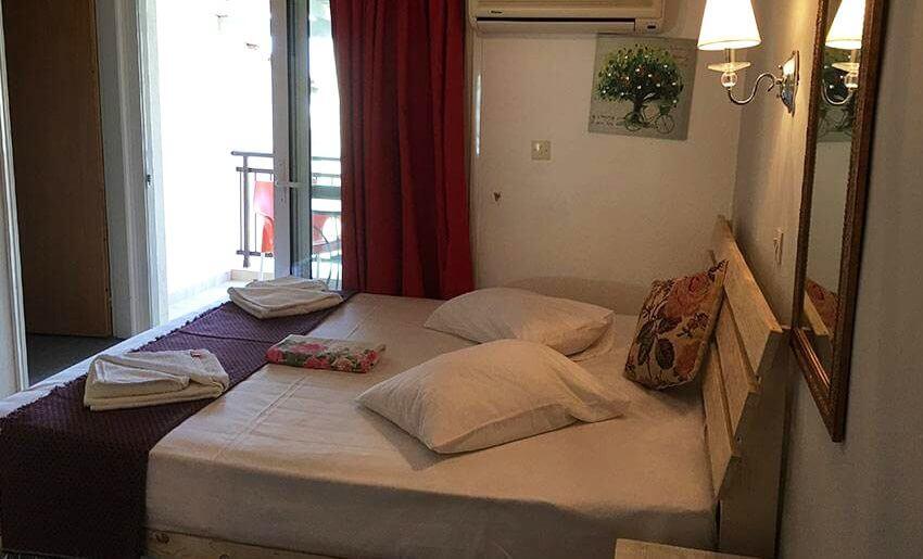 Rodolfos Inn Vila Tasos grcka letovanje apartmani dvokrevetna soba