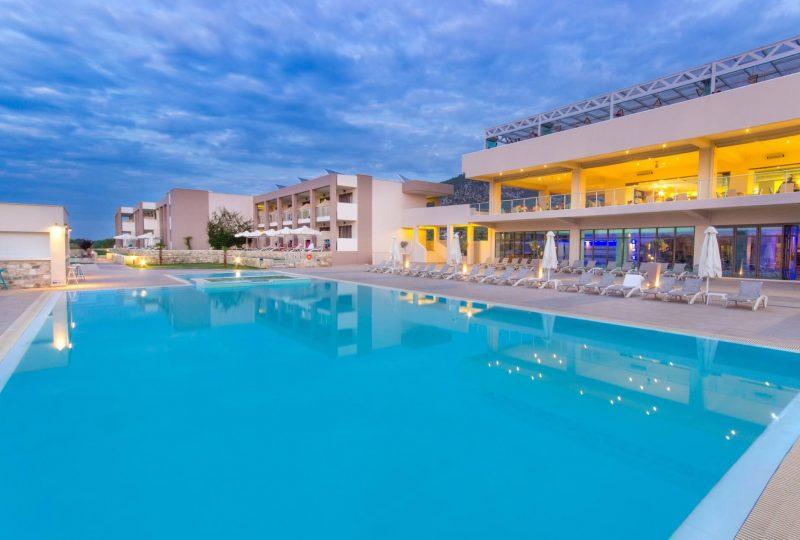 alea hotel and suites tasos grcka apartmani letovanje bazen 1