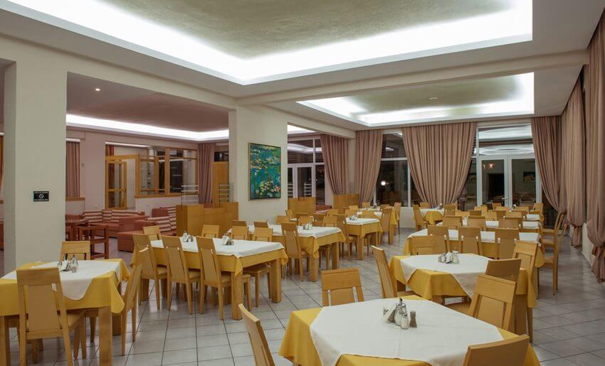 hotel aethria tasos smestaj grcka letovanje restoran