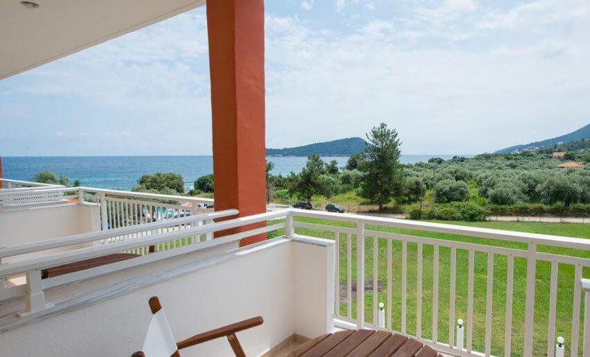 hotel maranton beach grcka smestaj apartmani letovanje standardna soba pogled more