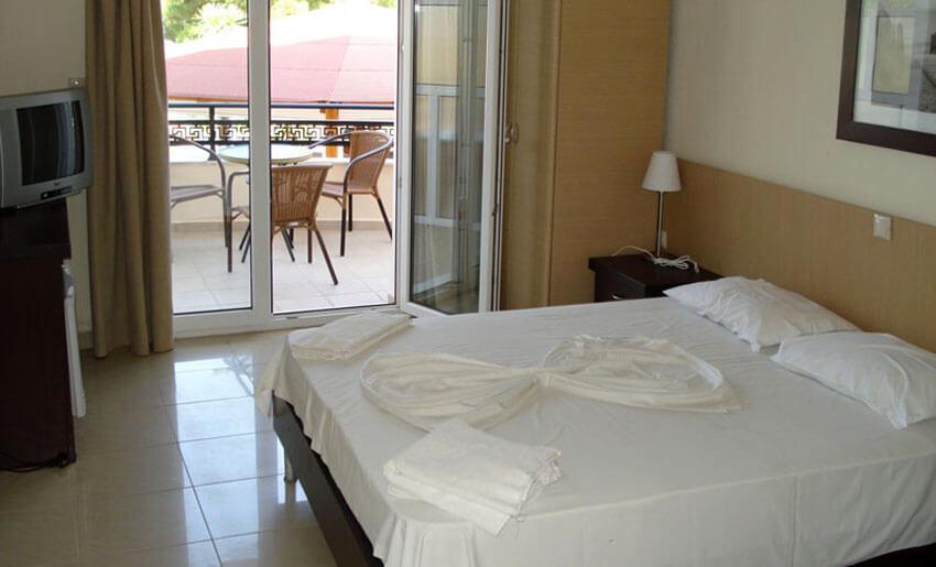 hotel rachoni resort tasos grcka soba