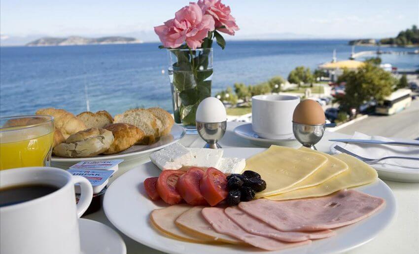 hotel timoleon smestaj na tasosu grcka letovanje dorucak