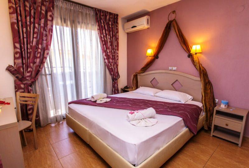 thalassies hotel tasos soba sa bracnim krevetom 1