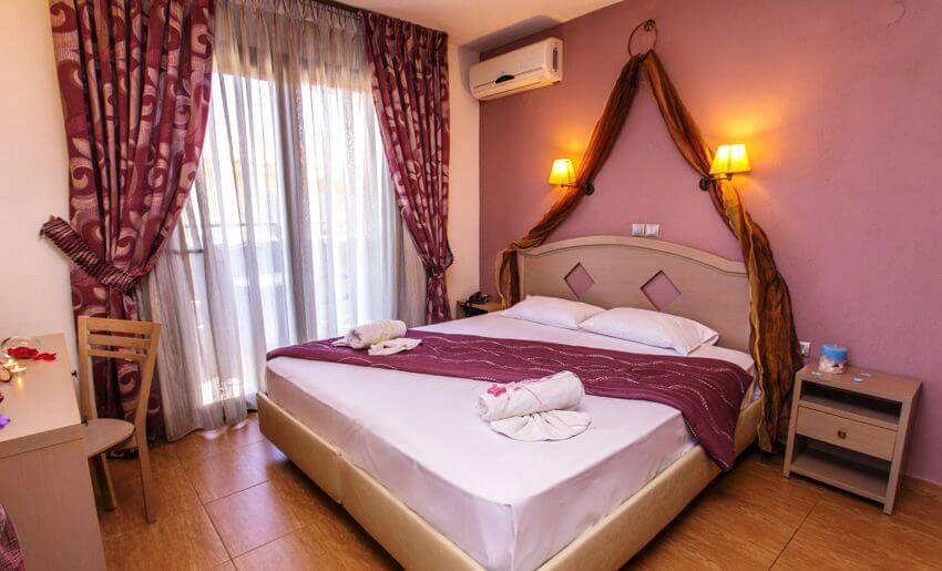 thalassies hotel tasos soba sa bracnim krevetom