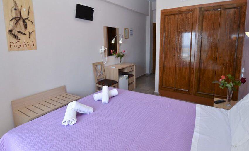 Agali Hotel limenarija tasos leto