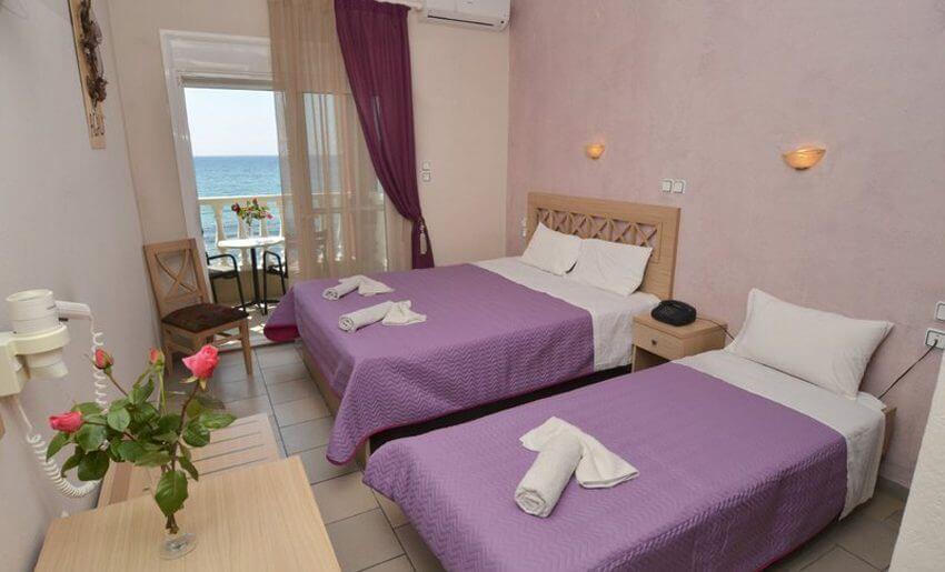 Agali Hotel limenarija tasos trokrevetna soba