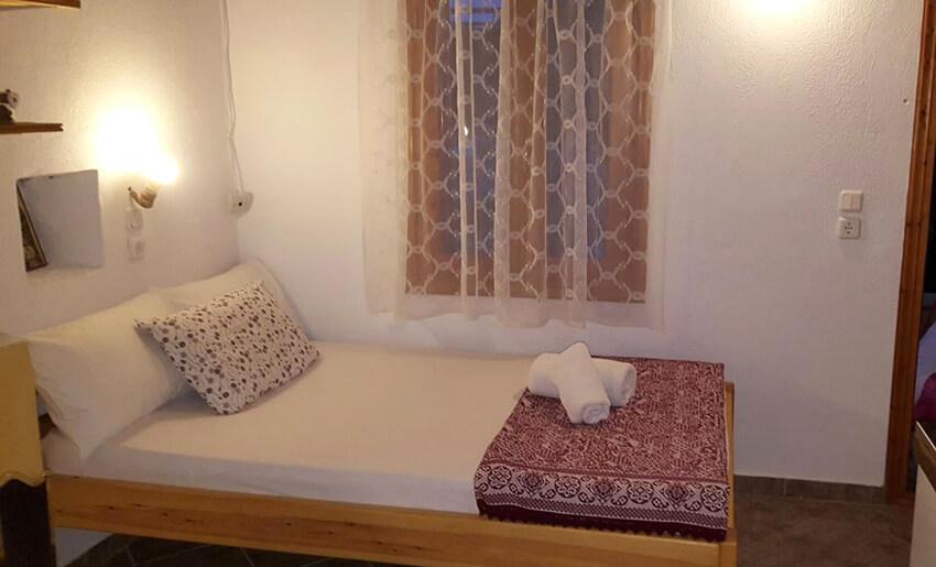 Aliki Stone House Tasos grcka soba
