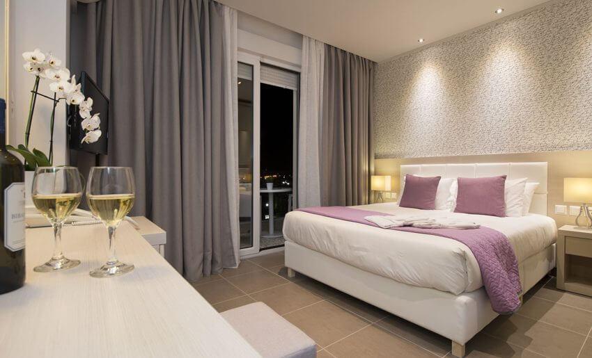 Angelica Hotel tasos limenas classic soba