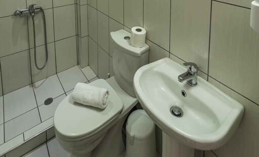Delfini Hotel golden beach apartmani kupatilo
