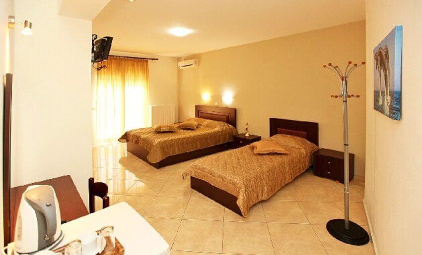 Delfini Hotel golden beach tasos letovanje