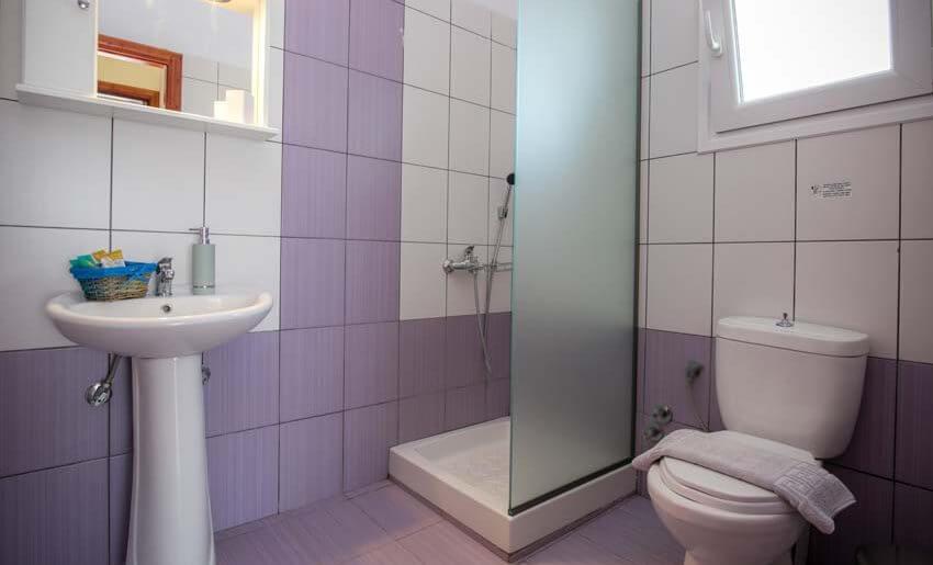 En Ethria Studios Tasos grcka kupatilo