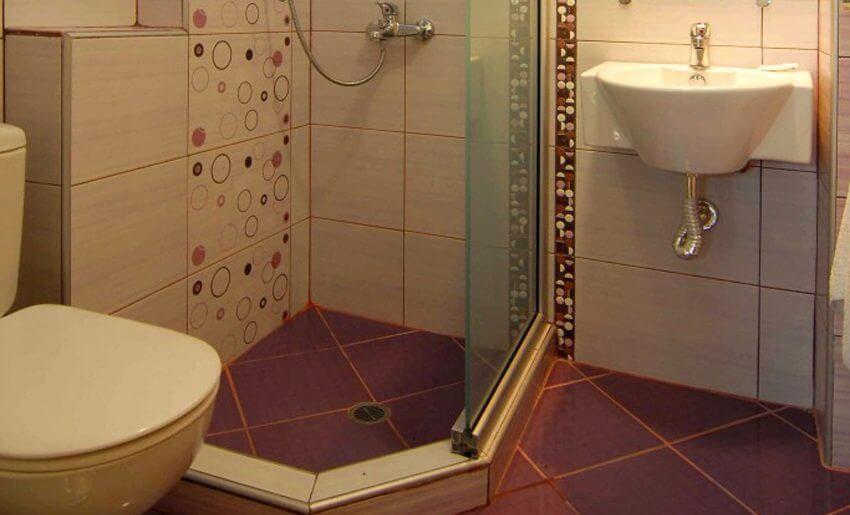 Kristin Bungalovi Potos Tasos kupatilo