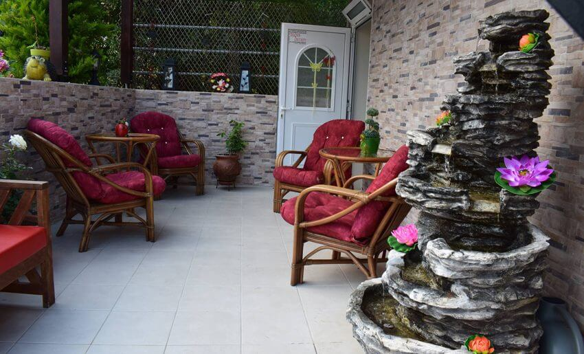 Lia Studios Golden Beach grcka dvoriste