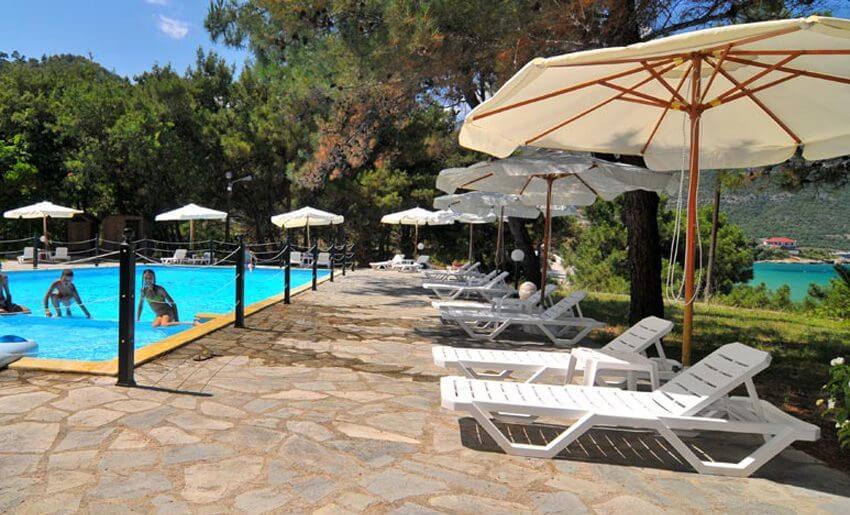 Loutrou Bungalovi Tasos grcka letovanje bazen