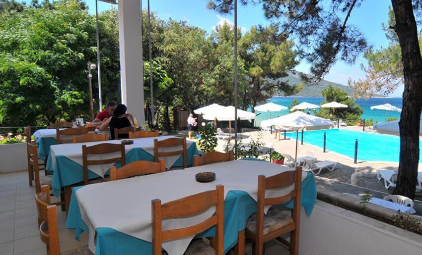 Loutrou Bungalovi Tasos letovanje grcka restoran