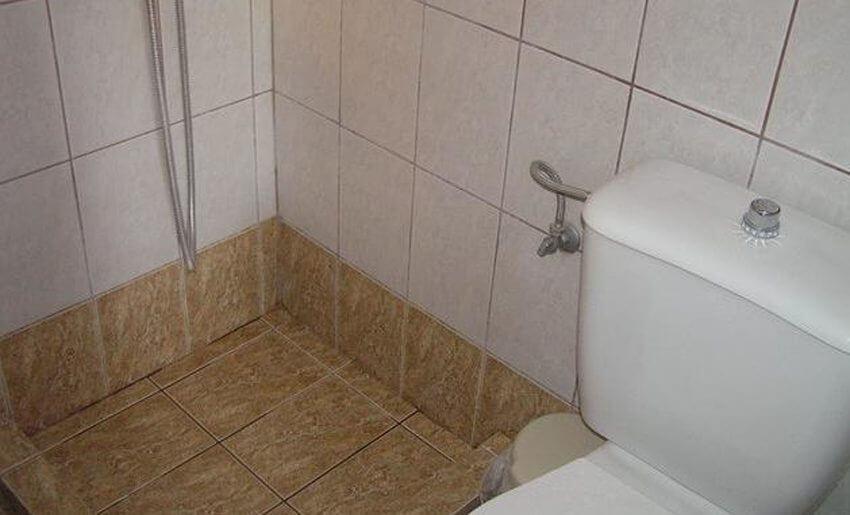 Menel Hotel Limenarija Tasos kupatilo