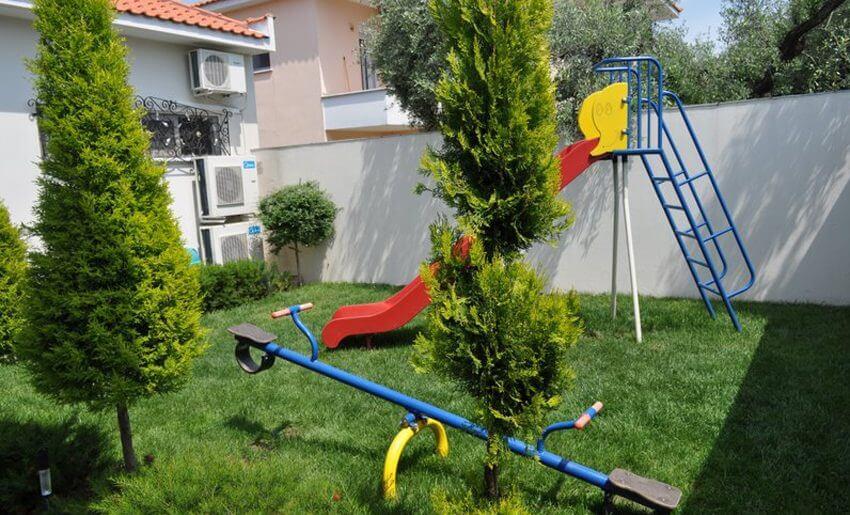 Metsikas Residence tasos Limenas igraliste za decu