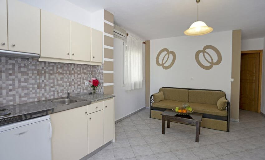 Mitos BungalovI Potos Tasos apartman kuhinja