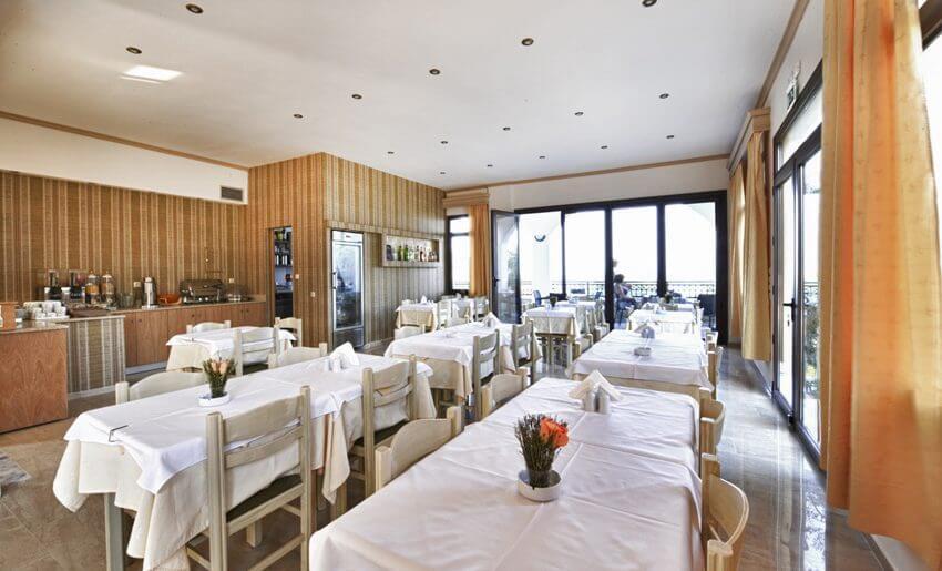 Natasha Hotel Vila Tasos dorucak