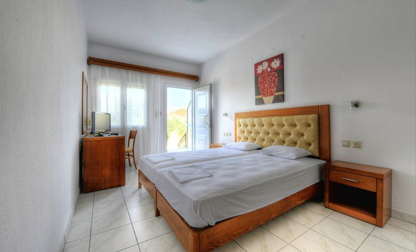 Natasha Hotel Vila Tasos soba