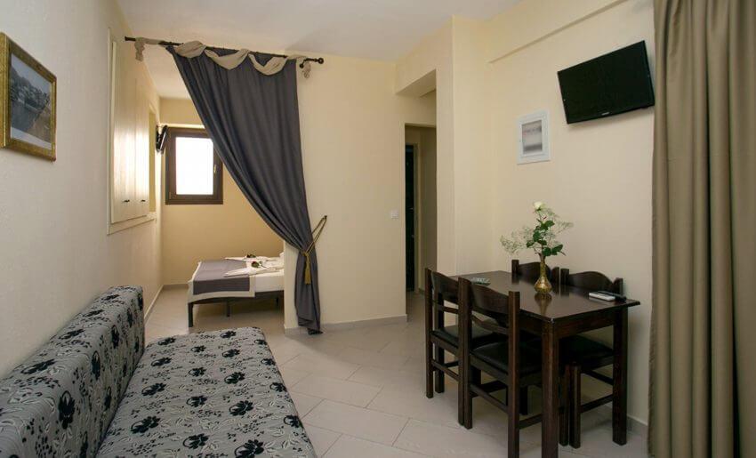 Neorion Hotel Limenarija tasos grcka