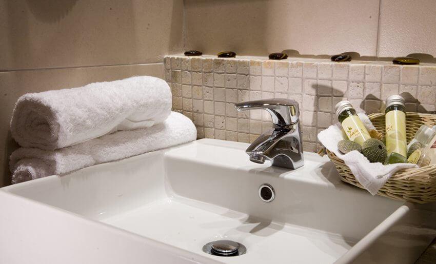 Nikoleta Luxury Vila smestaj kupatilo