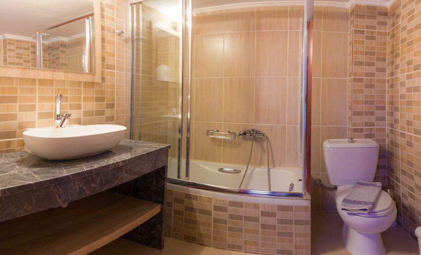 Ntinas Filoxenia Apartments dvosobni apartman kupatilo