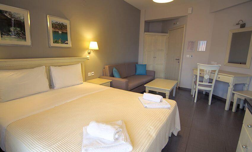 Ntinas Filoxenia Apartments soba deluks