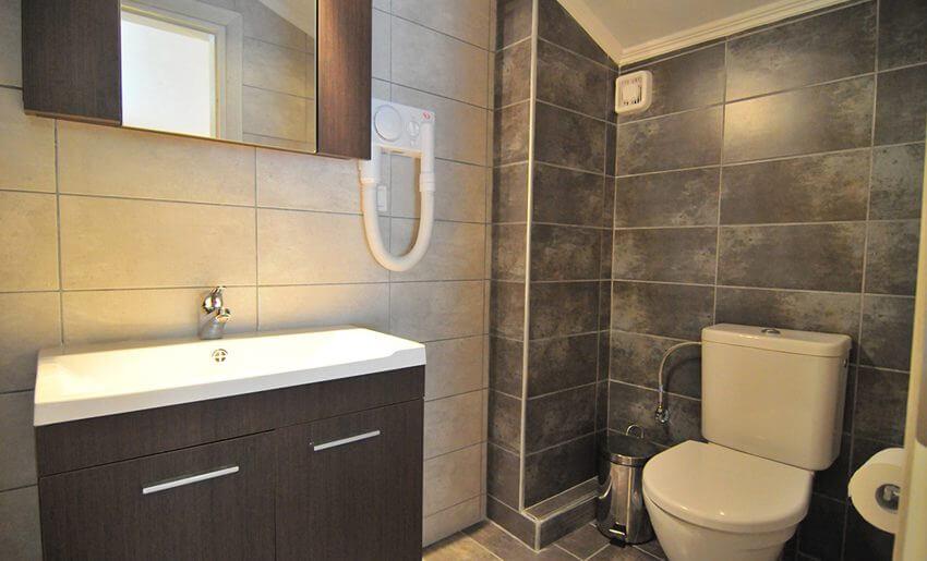Ntinas Filoxenia Apartments standard soba kupatilo