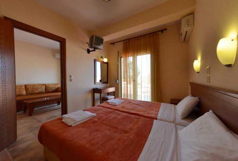 Roxani Apartments Limenas r 1
