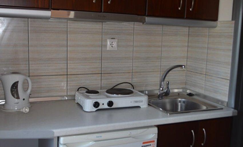 Vila Elia limenas tasos smestaj apartmani kuhinja